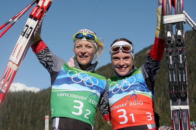 """EVI SACHENBACHER-STEHL (th) """"offrades"""" av det ryska dopinglaboratoriet under OS i Sochi 2014 för att visa att testerna funkade. Här med Claudia Künzel under OS i Vancouver 2010. Foto: NORDIC FOCUS"""