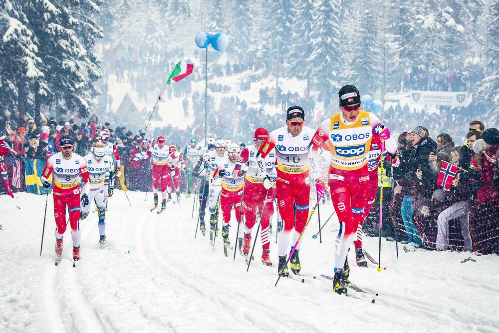 09.03.2019, Oslo, Norway (NOR):Hans Christer Holund (NOR), Jens Burman (SWE), Martin Johnsrud Sundby (NOR), Emil Iversen (NOR), Johannes Hoesflot Klaebo (NOR), Alexander Bolshunov (RUS), (l-r)  - FIS world cup cross-country, mass men, Oslo (NOR). www.nor