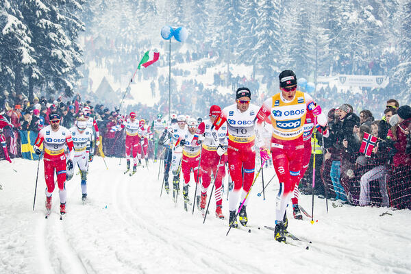 09.03.2019, Oslo, Norway (NOR):Hans Christer Holund (NOR), Jens Burman (SWE), Martin Johnsrud Sundby (NOR), Emil Iversen (NOR), Johannes Hoesflot Klaebo (NOR), Alexander Bolshunov (RUS), (l-r)  - FIS world cup cross-country, mass men, Oslo (NOR). www.nor