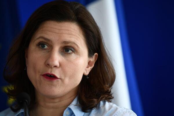 FRANCE-POLITICS-SPORT-HEALTH-VIRUS
