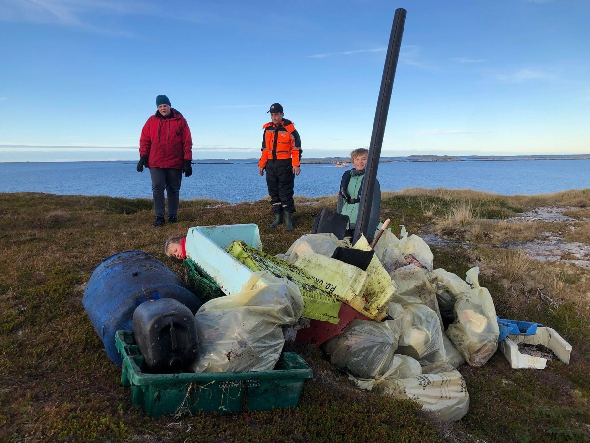 Søppelplukking på Vardøya_1