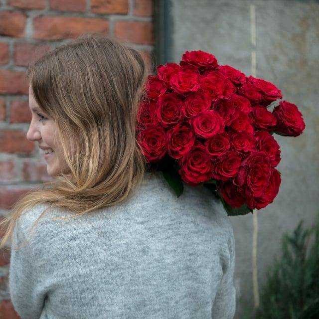 roser5-640x640-romantiskeroser.jpg