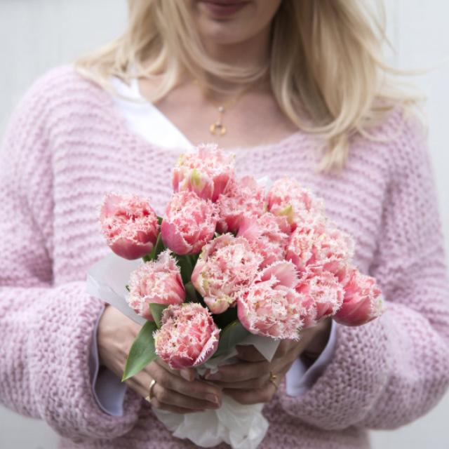 rosa-tulipanbukett.jpg