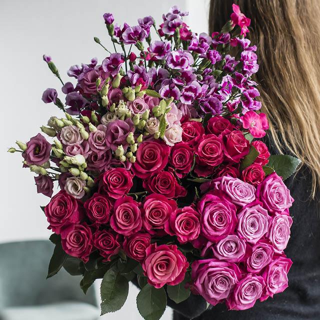 nellik-lisianthus-og-roser.jpg