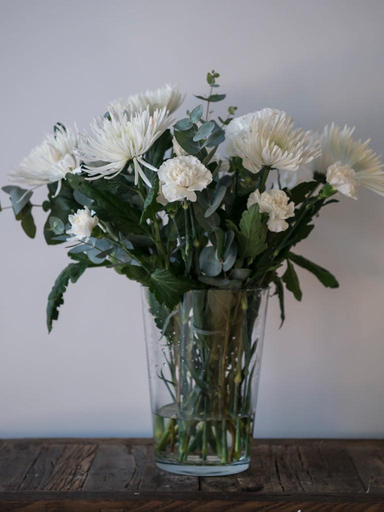 floriss-nyttaarsaften-krysantemum-nellik-bukett.jpg