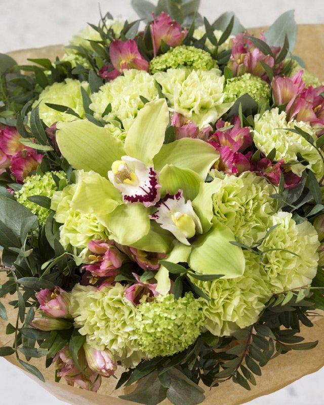 Nelliker-er-fantastiske-i-blomsterdekorasjoner.jpg