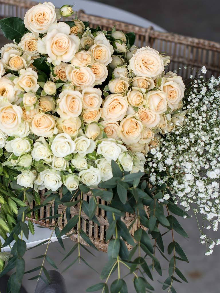 grenroser-blomsterkrans-velegnet.jpg