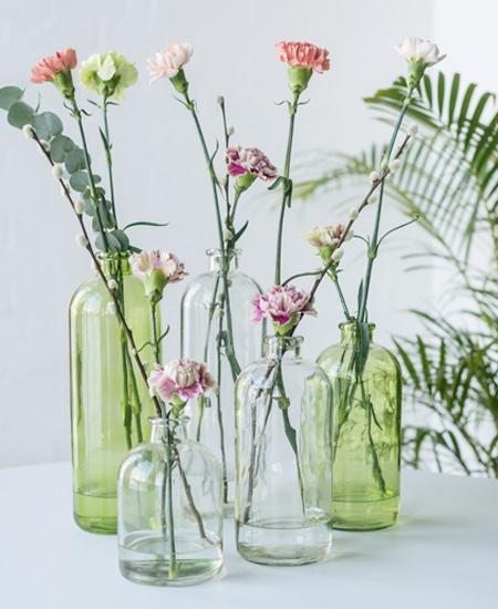 floriss-nellik-i-glassvaser-vaser-smaa-store-2.jpg