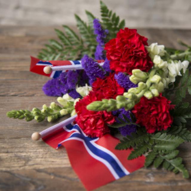 floriss-blomster-til-gravstedet.jpg