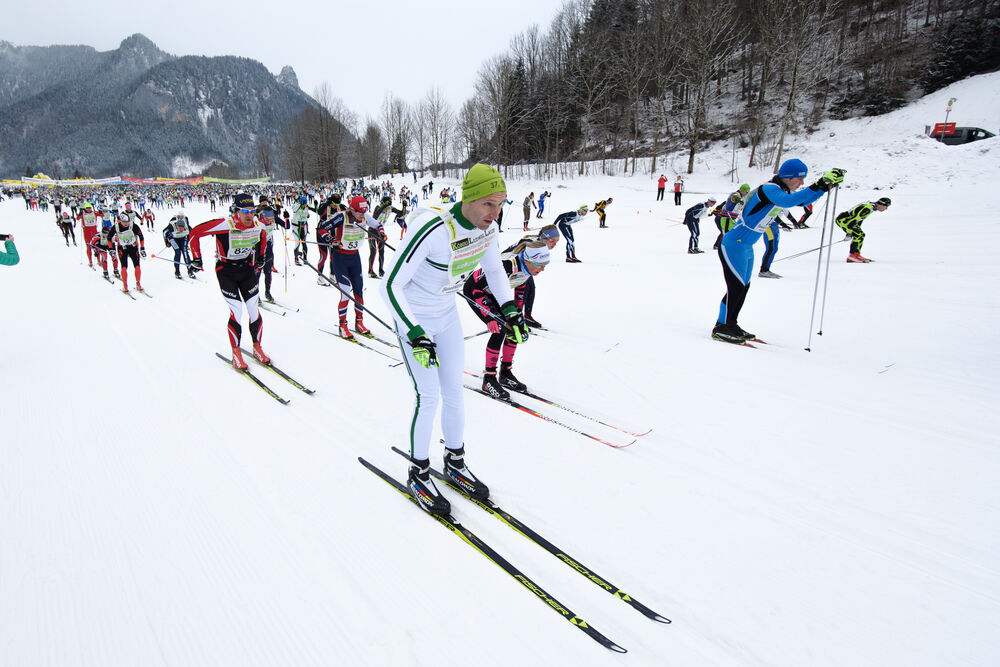 04.02.2018, Oberammergau, Germany (GER): start of the race - FIS World Loppet Cup Koenig Ludwig Lauf, Oberammergau (GER). www.nordicfocus.com. © Rauschendorfer/NordicFocus. Every downloaded picture is fee-liable.