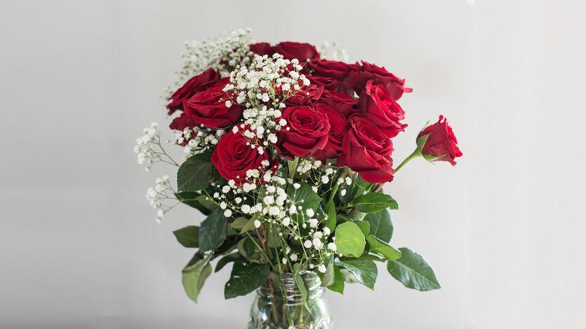 Si det med romantiske roser