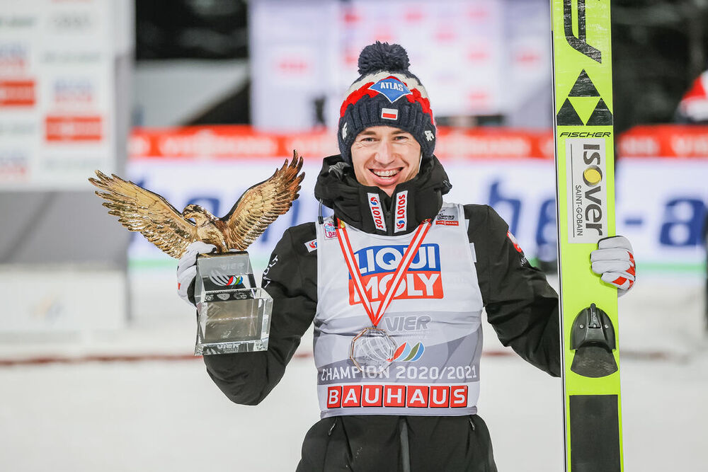 06.01.2021, Bischofshofen, Austria (AUT):Kamil Stoch (POL) - FIS world cup ski jumping men, four hills tournament, individual HS142, Bischofshofen (AUT). www.nordicfocus.com. © EXPA/Tadeusz Mieczynski/NordicFocus. Every downloaded picture is fee-liable.