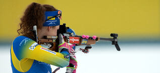 08.01.2021, Oberhof, Germany (GER):Hanna Oeberg (SWE) -  IBU World Cup Biathlon, sprint women, Oberhof (GER). www.biathlonworld.com © Manzoni/IBU. Handout picture by the International Biathlon Union. For editorial use only. Resale or distribution is pro