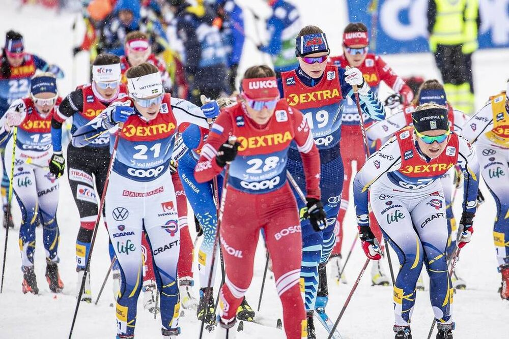 02.01.2021 Val Mustair, Switzerland (SUI):Ebba Andersson (SWE), Johanna Matintalo (FIN), (l-r)  - FIS world cup cross-country, tour de ski, mass women, Val Mustair (SUI). www.nordicfocus.com. © Modica/NordicFocus. Every downloaded picture is fee-liable.