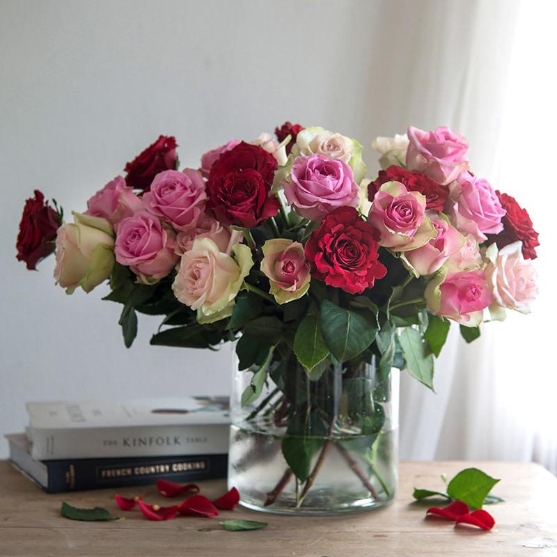 floriss-valentine-roser-i-vase-glass.jpg