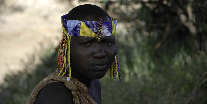 Reisefotograf Artikkel Portrett ung dame Tanzania