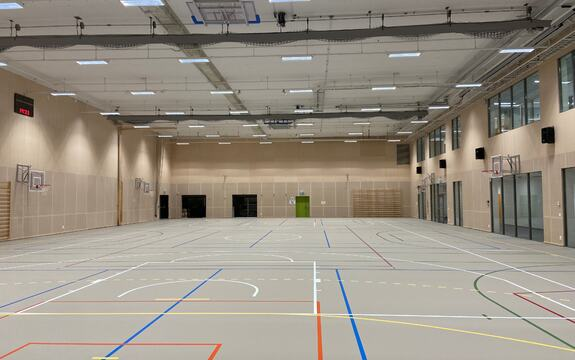 Bilde som viser hele aktivitetsdelen av hallen