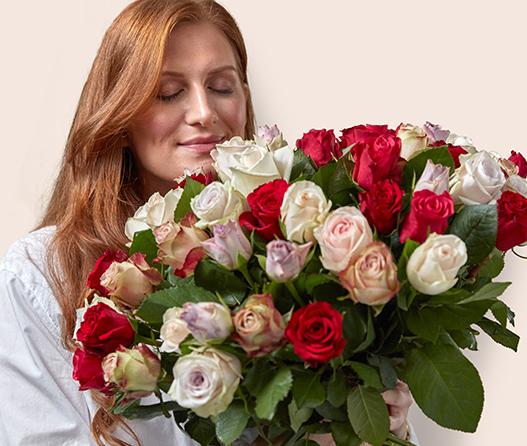 floriss-kundeklubb-rosekort-hver-6-rosebukett-gratis-dame-med-stor-rosebukett.jpg