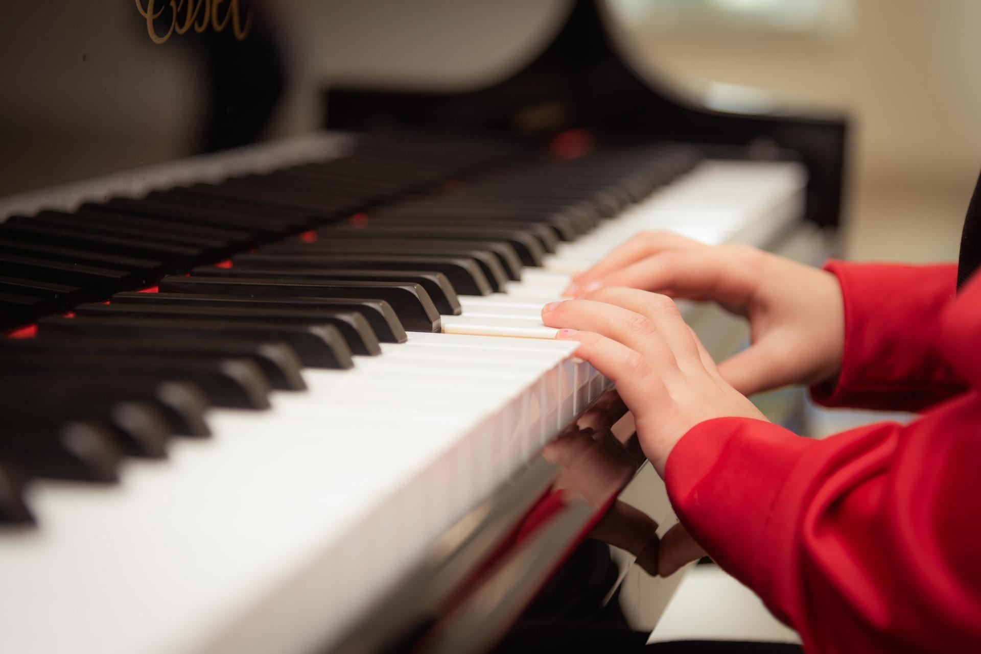 piano-3957650_1920.jpg