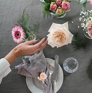 borddekning-festbord-2-floriss.jpg