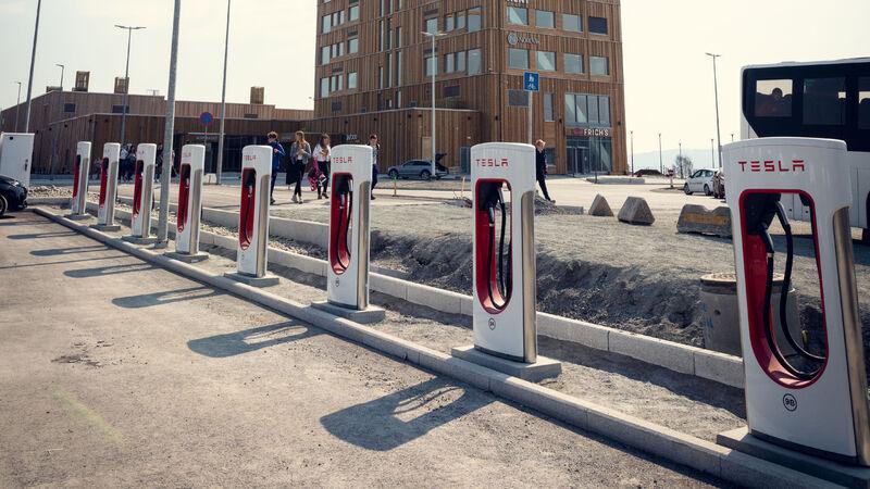 Mjøsparken lading elbil