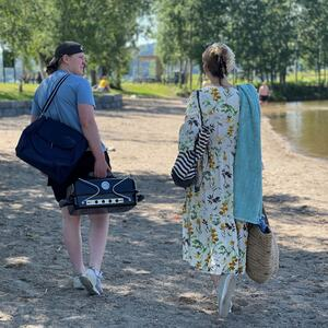Bystranda i Mjøsparken innbyr til fine sommerdager