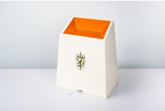 Dersom du havner i karantene eller isolasjon på valgdagen er det visse regler du må følge om du skal avgi stemme. Illustrasjonsfoto: Valgdirektoratet.