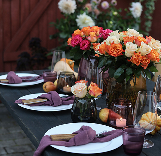 slik-pynter-du-hoestbordet-med-vakre-roser-2.jpg