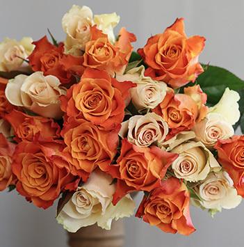 slik-pynter-du-hoestbordet-med-vakre-roser-6.jpg