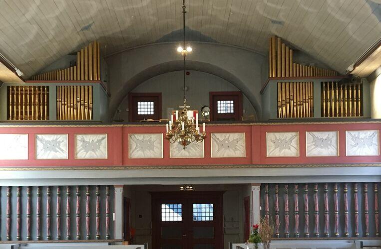 Orgel i kirka